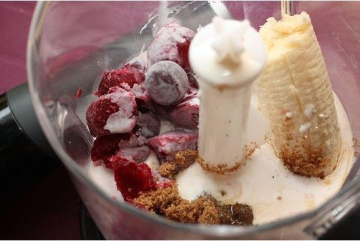 Как сделать коктейль в блендере с мороженым