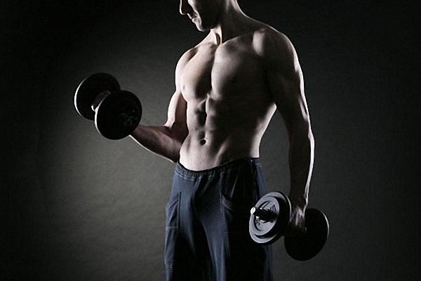 podem-gantel-na-biceps