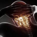 Зачастую остеохондрозу сопутствуют головокружения.