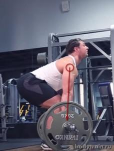 Положение рук при выполнении становой тяги