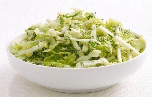 salat-iz-kolrabi-i-savoyskoj-kapusty